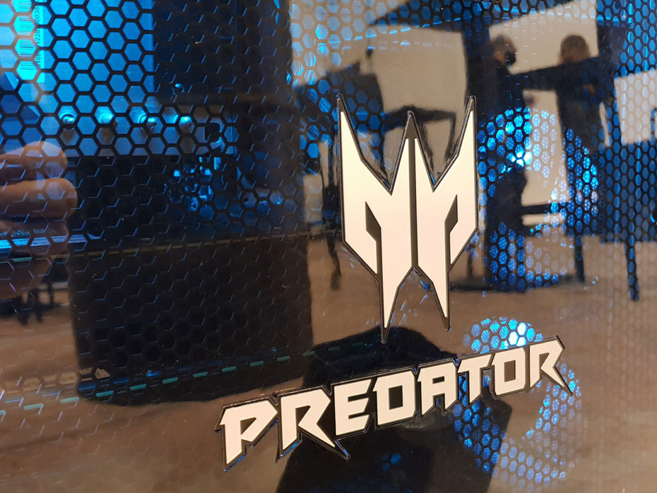 Acer Predator Thronos